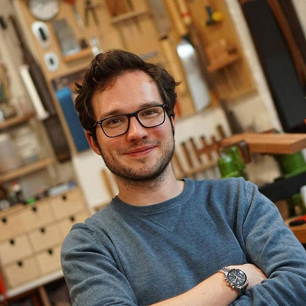 Dennis Tolz Luthier